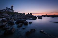 Pontusval (Tony N.) Tags: longexposure sea lighthouse seascape france rocks bluehour phare rochers vanguard finistre drr poselongue d810 brignogan nd1000 pontusval nikkor1635f4