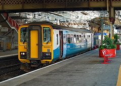 Arriva Trains Wales - 153353 (dgh2222) Tags: station class crewe 153 153353