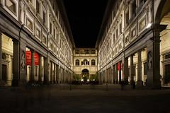 Florenz bei Nacht019 (Roman72) Tags: italien architecture stadt architektur firenze nightshots oldcity ville florenz nachtaufnahmen