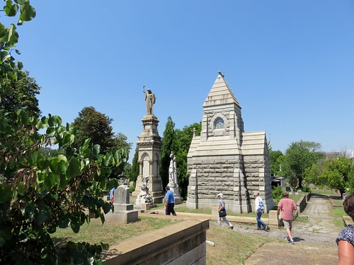 Thumbnail from Oakland Cemetery