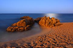 Platja d'Aro (vdbdc) Tags: efecte seda aigua water wasser agua effect silk welle smooth efecto platja daro beach playa night shoot