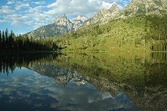 String Lake Early Morning (Caretta (JWarner)) Tags: grandtetonnationalpark wyoming nationalpark stringlake 2016 july2016 water landscape mountains reflection lake