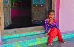 India-Gujarat-rann of Kutch (venturidonatella) Tags: india gujarat asia rannofkutch kutch colori colors children portrait ritratto sguardo occhi eyes look emozione emotion people persone gentes