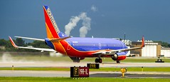 Southwest Airlines Boeing 737-3H4(WL) N620SW (MIDEXJET (Thank you for over 1 million views!)) Tags: milwaukee milwaukeewisconsin generalmitchellinternationalairport milwaukeemitchellinternationalairport kmke mke gmia southwestairlines boeing7373h4wl boeing bioeing7373h4 boeing737300 737 737300 7373h4 n620sw wisconsin unitedstatesofamerica