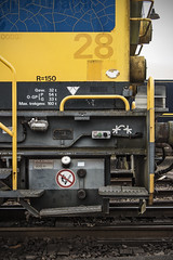 Typography (Jeroenc71) Tags: train ns univers typography graphic yellow locomotive