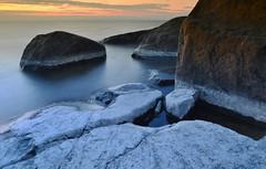 Dry salty rocks (Mika Lehtinen) Tags: kurenfboda rocks salt salty water sea longexposure nightphotography night low light