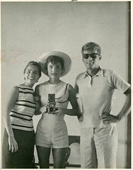 If #JacquelineKennedy had an instagram #jackie #history #retro #vintage #bio #digitalhistory http://buff.ly/2dzTQUp (Histolines) Tags: histolines history timeline retro vinatage if jacquelinekennedy had an instagram jackie vintage bio digitalhistory httpbuffly2dztqup