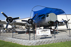 'Picadilly Lilly' at Planes of Fame (atg3v) Tags: boeing flyingfortress b17 b17g bomber picadillylilly drone db17p usaf usaaf chino cno kcno california usa 4483684 n3713g planesoffame