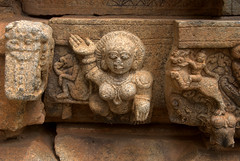 Carvings on the lowermost panels (VinayakH) Tags: bhoganandeeshwaratemple karnataka india temple nandihills chikkaballapura chola ganga hoysala tipusultan religious historic