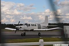 DSC_0888 (damienfournier18) Tags: aroport aroportdenevers lfqg nevers avion aiation aronefs parachutiste dr400