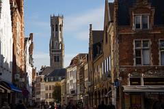 Streets of Bruges (Evertons) Tags: tower church torre belgium medieval igreja bruges markt belgica clearsky bruge marktsquare