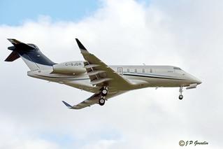 C-GJDR  |  CHALLENGER 350  |  EXECAIRE  |    BOMBARDIER AEROSPACE   |   BD-100-1A10  |    BIZJET   |  MONTREAL  |  YUL   |  CYUL