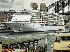 Seven Seas Voyager (TOXTETH L8) Tags: summer australian sydneyharbour cruiseships sevenseasvoyager