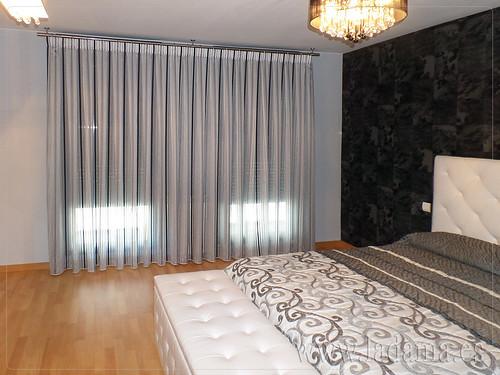 Cortinas Modernas para dormitorio de matrimonio. Cabecero tapizado