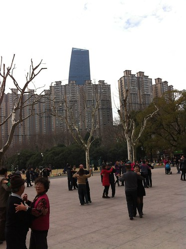 Zhongshan Park: danse des retraités