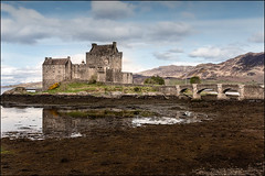 Good Morning Elian Donan (Alex Bravo - alejandrobravophoto.wordpress.com) Tags: castle canon landscape scotland escocia donan castillo elian 24105mm canon40d alexbravo alexbravophoto
