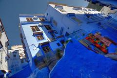 Chefchauen, Chauen, Marruecos (Chodaboy) Tags: azul canon 1d maroc pasear chaouen chefchaouen marruecos chefchauen gaspar calles tanger rif tnger markiii chauen canon1d xauen  chodaboy canonistas shawen  tngertetun  ashawen accawen