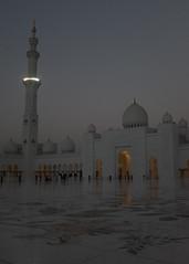 Sheikh Zayed Mosque at Sunset II (naersjoen) Tags: asia mosque abudhabi sheikhzayedmosque