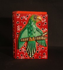 Bird Box Wood Mexico (Teyacapan) Tags: birds mexico madera folkart crafts libro books mexican boxes parrots carvings