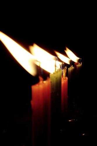 Día de las velitas (Vagamundos) Tags: luz navidad fuego vela velas velitas