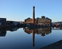 Boat museum reflections. (Lee1885) Tags: chimney water canal relections boatmuseum ellesmereport shropshireunion