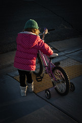 150121-girl-bicycle-crossing-goldenhour.jpg (r.nial.bradshaw) Tags: girl bicycle photo nikon child image safety creativecommons goldenhour stockphoto stockphotography adobecameraraw royaltyfree primelens attributionlicense d80 s168 rnialbradshaw photoshopcc 40mmafs28g