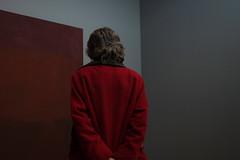 Contemplation (Harry -[ The Travel ]- Marmot) Tags: red woman holland art netherlands museum kunst nederland denhaag gemeentemuseum rood thehague vrouw markrothko contemplation sgravenhage bezinning overdenking olympusomdem5 lumixgvario1235f28 ©allrightsreservedcontactmebyflickrmail