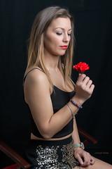 Alexandra (juanjofotos) Tags: portrait people rojo retrato negro moda estudio modelo alexandra nikond800 juanjofotos juanjosales laboflash