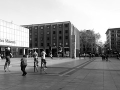 2016-05-02 11.47.02 (nickbruce483) Tags: people germany jumping europe play cologne german greyscale streetcompetition peruans