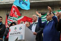 Manifestazione Regionale Cgil Cisl Uil Sicilia #LaSiciliaAffonda (USR CISL SICILIA) Tags: sicilia manifestazione cgil uil regionale cisl usrcislsicilia mimmomilazzo lasiciliaaffonda