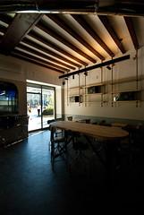 _DSC1177 (fdpdesign) Tags: arredamenti shop design shopdesign nikon d800 milano italy arrdo italia 2016 legno wood ferro sedie tavoli locali cocktails bar interni architettura