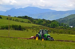 (Zak355) Tags: tractor scotland farm farming scottish johndeere bute rothesay isleofbute