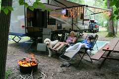 July Fourth Camping at Holiday (PBoGS) Tags: camping woods rv traveltrailer gordystith