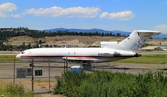 Boeing 727 N231FL (tonywild241) Tags: mountain canada abandoned canon britishcolumbia hill neglected machine transportation derelict ylw boeing727 kelownabc canonphotography okanaganbc