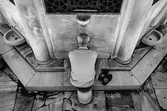 Ablution before pray, New Mosque, Istanbul (Mustafa Selcuk) Tags: street travel blackandwhite bw monochrome june turkey muslim islam streetphotography monochromatic istanbul fujifilm sb bnw monopod 2016 eminonu siyahbeyaz haziran xpro2 16mmf14