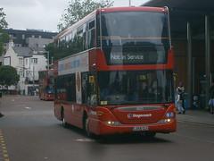 15125 @ Walthamstow Central bus station (ianjpoole) Tags: bus london station central stagecoach walthamstow scania 15125 omnicity n230ud lx59clu
