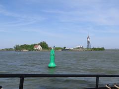 Vuurtoreneiland (Priska B.) Tags: nederland nl vuurtoren leuchtturm markermeer niederlanden vuurtoreneiland