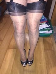 img_1467241612_27553226113_o (Portugueseph) Tags: stockings nylons cervin capri