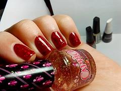 Esmaltao das Corujas: Sanduche de glitter! (Rassa S. (:) Tags: red glitter vermelho nails nailpolish unhas capricho risqu esmaltes naillacquer realce