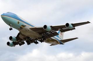 92-9000 | Boeing VC-25A | USAF | KMKE