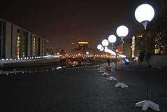 Lichtgrenze (mr172) Tags: berlin wall night germany deutschland nacht 25 mitte mauer jahre 2014 mauerfall lichtgrenze