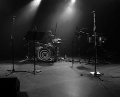 (Aaron Montilla) Tags: bw byn drums lights luces concert october concierto bateria octubre drumer newwave bod baterista 2013 nuevaola lacastellana aaronmontilla torrebod bodhall salabod bodtower