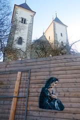 Yatzy (motveggen) Tags: streetart stencil bergen yatzy portrett gatekunst mariakirken kvinne menneske streetartbergen