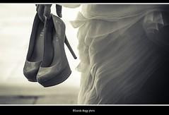 quando la stanchezza prende il sopravvento (magicoda) Tags: street venice wedding people blackandwhite bw italy woman white black sexy feet girl backlight walking shoe see photo blackwhite donna nikon italia foto hand dress legs emotion walk candid
