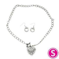 135_neck-silverkit1oct-box02