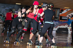 Rainier Roller Girls - Red & Black Scrimmage (Eric Von Flickr) Tags: seattle girl sport washington women track flat skating roller skater athlete derby skates banked wftda