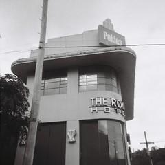 The Royal Hotel, Ferntree Gully (Matthew Paul Argall) Tags: 127 127film rerapan100 rerapan hotel ilfordsprite building architecture pokies fixedfocus