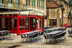 Le Foy (vaticarsten) Tags: france restaurant frankreich platz stadtmitte orte markt fr bourgogne kneipe burgund langres ortschaften lnder dorfplatz alsacechampagneardennelorraine alsacechampagneardennelorrain