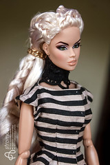 Doll meeting (astramaore) Tags: vanessa portrait people green beauty toys photography glamour eyes doll dress indoor lips full edge blonde 16 chic gown perrin integrity astramaore