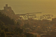 Good riddance (Lerici, Liguria, Italy) (AndreaPucci) Tags: sunset italy castle liguria lerici canoneos60 andreapucci